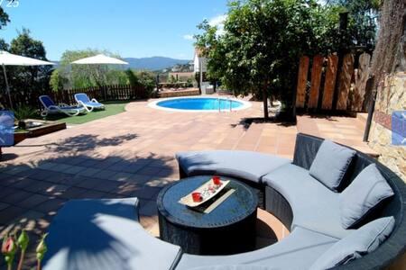 Preciosa villa en la Costa Brava  - Tordera - Chatka w górach