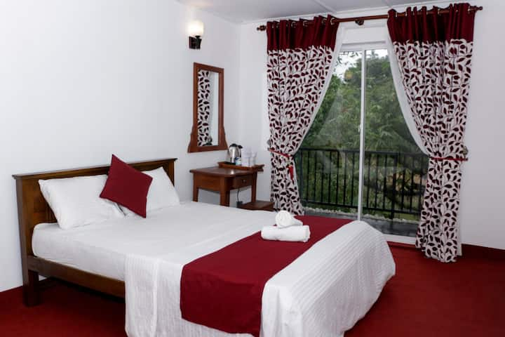 RiverView Lodge - Apartment by the river