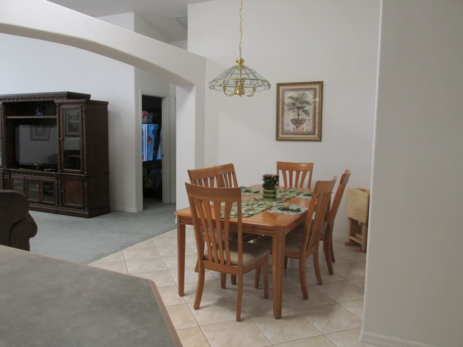Dining Table,Furniture,Table,Entertainment Center,Dining Room