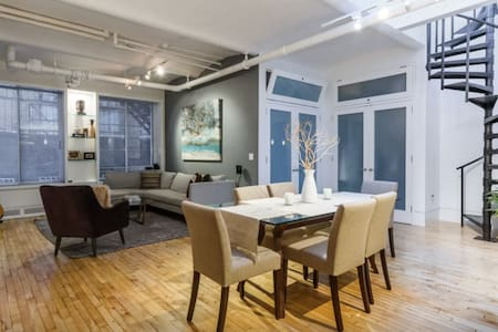 Union Square New York Holiday Rentals Accommodation Airbnb Apartmen