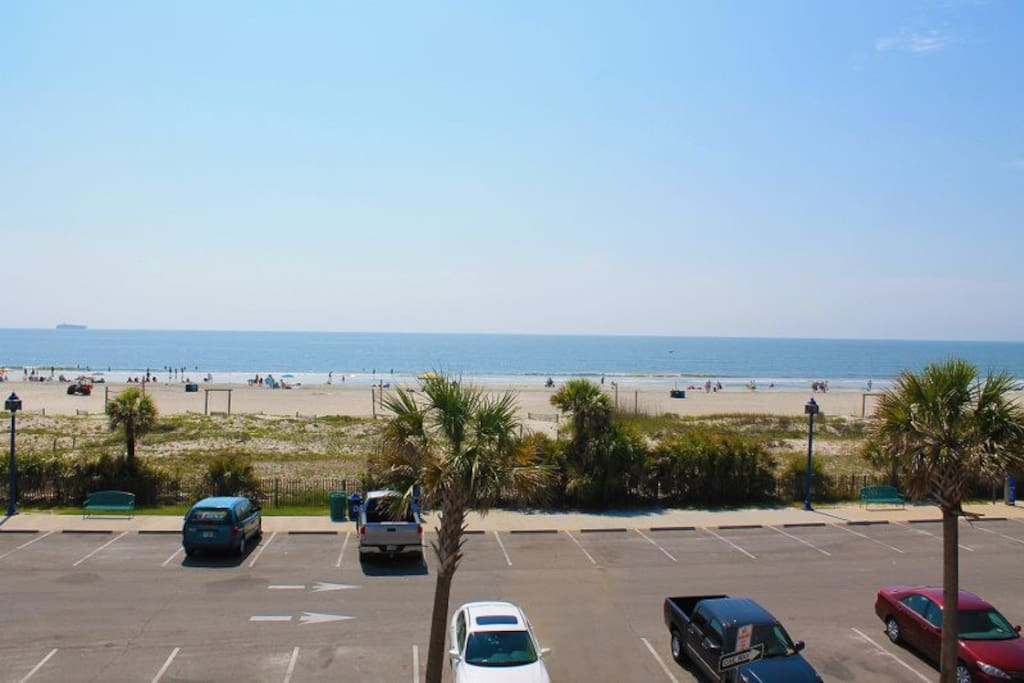 Enjoy Magnificent Panoramic Vistas of the Atlantic Ocean and Tybee Beach