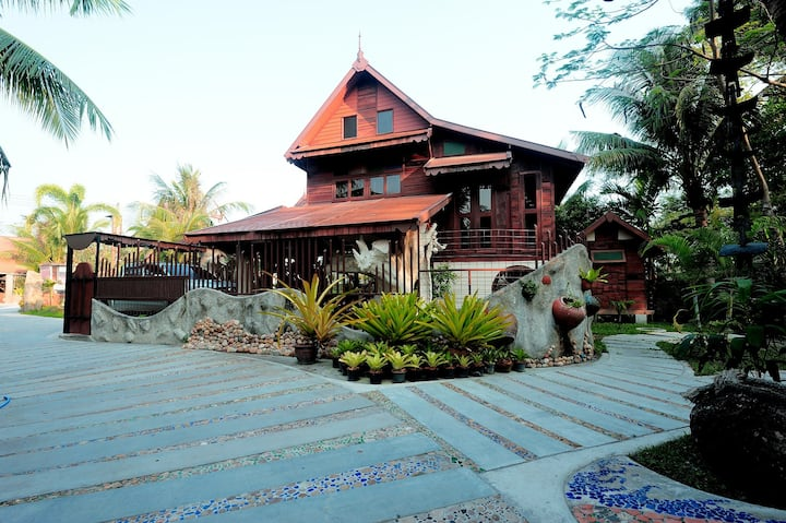 Suankaew Art Cottage (ReuanChankaew)