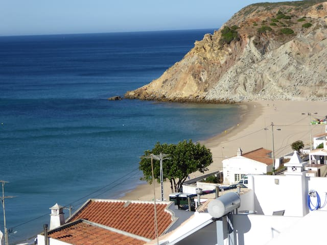 Fab apartment in Burgau with sea view! AL18341