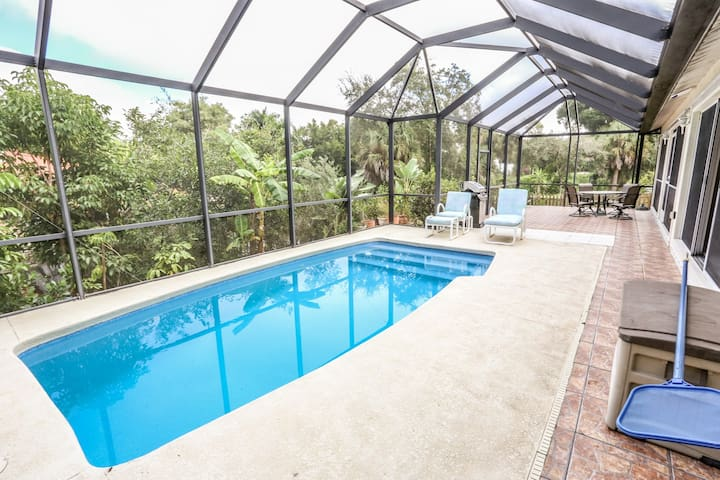 3 bedroom, 2-1/2 bath canal-front, pool home located in Bonita Springs