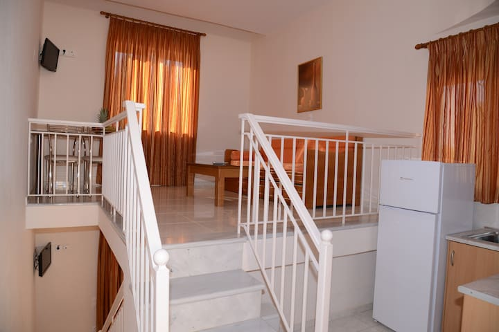 Double two stages room for 4 people - Δρέπανο - 公寓