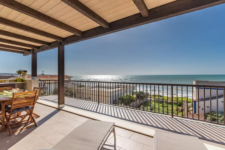 Ducezio, apartment with sea view for 2 people