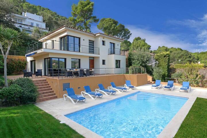Villa Vista Mar Megin