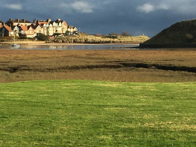 Luxury cottage with stunning Waterside Location - Alnwick  - Chalet
