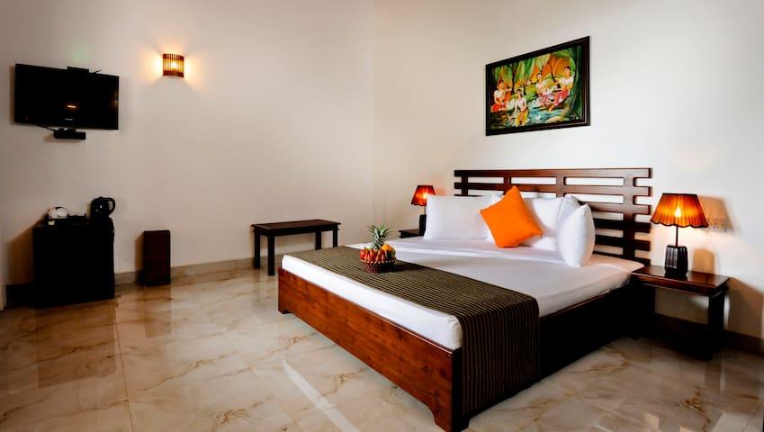 Melheim Resort Kandy.