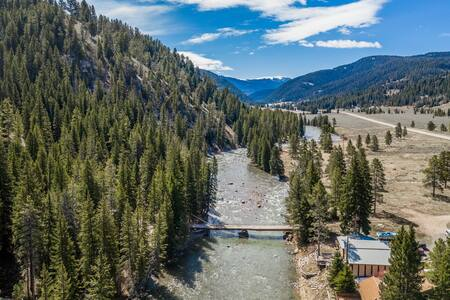 Mountain cabin w/ a wood burning stove, large deck, & river views - near hiking!