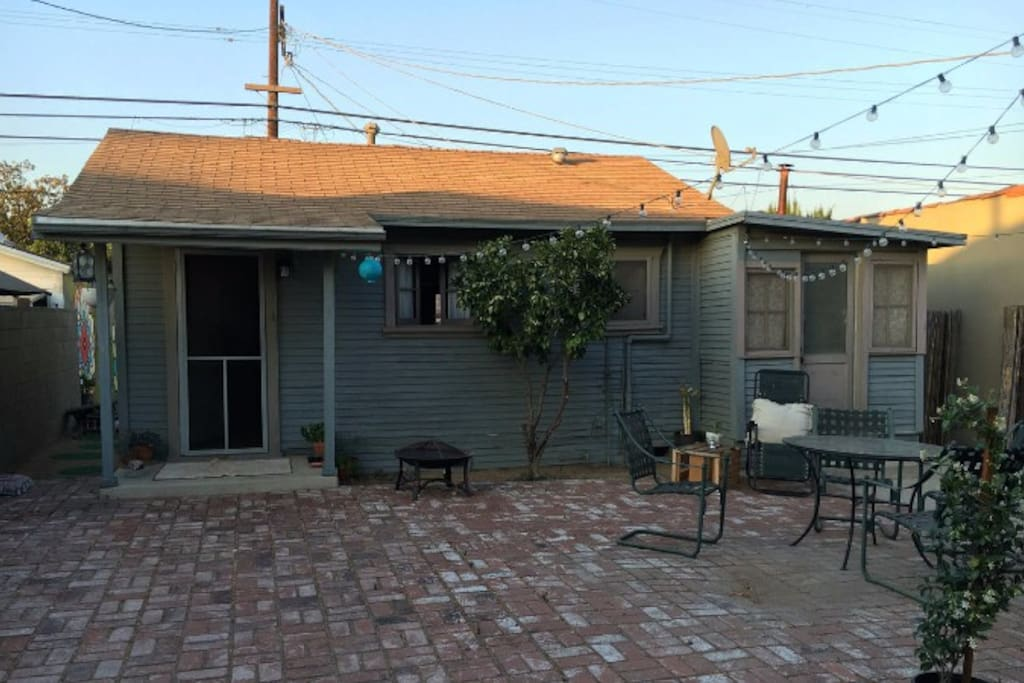 Large Atwater village backhouse with shared front patio