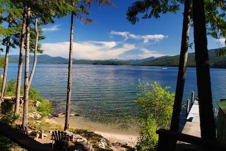 Priest Lake Waterfront Cabin - Coolin - Cabana