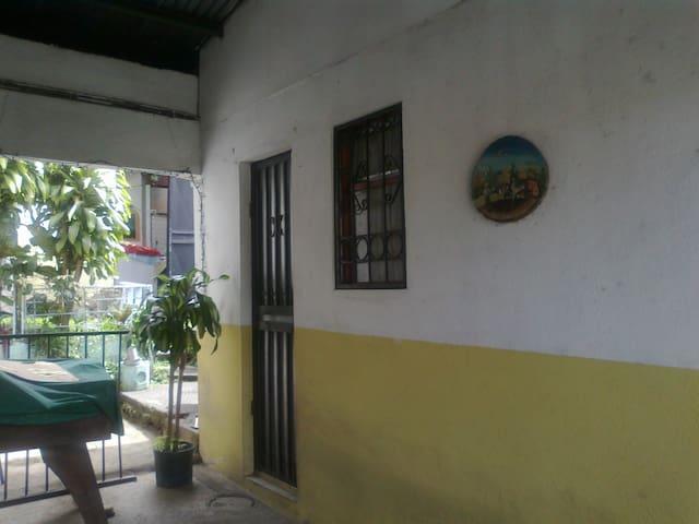 Apartamento en Heredia - Heredia, Costa Rica - Apartment