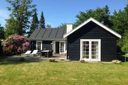 Modern and cosy Cottage in Hornbæk - Hornbaek