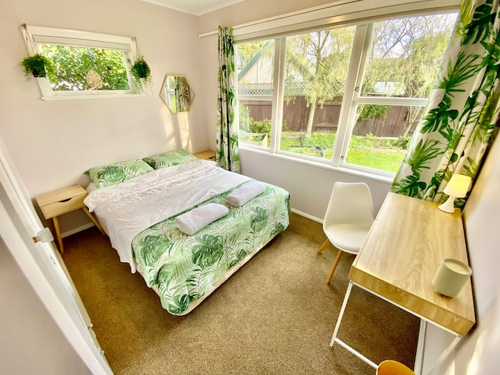 Peaceful Garden Space Guest Stay