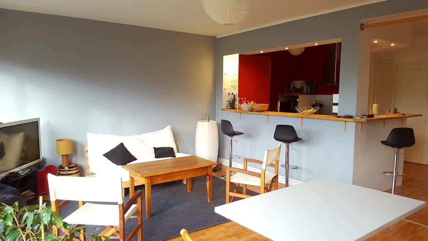 Botanique Flat 10 min walking from Lille Europe