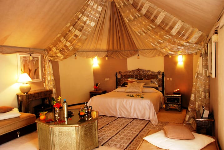 N°14 :Suite Nuptiale - Marrakesh - Bed & Breakfast