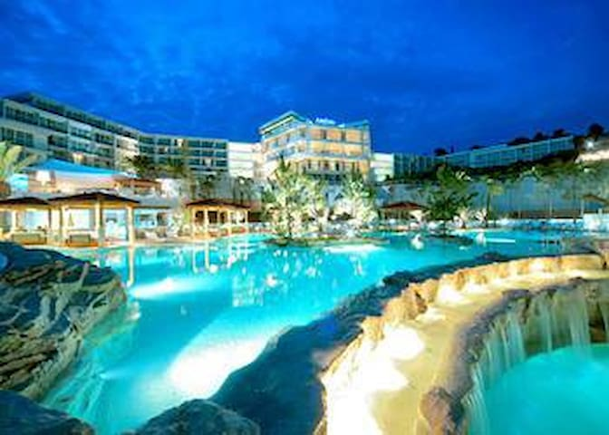 Amfora hotel with pool just 2 minutes from aprtment