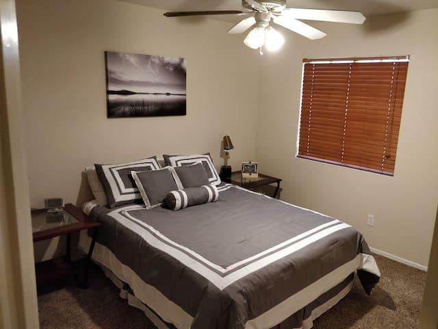 Comfy Home in West Phoenix Metro Area