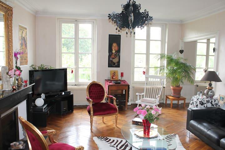 Bel appart de 130m² plein centre - Clermont-Ferrand - Pis