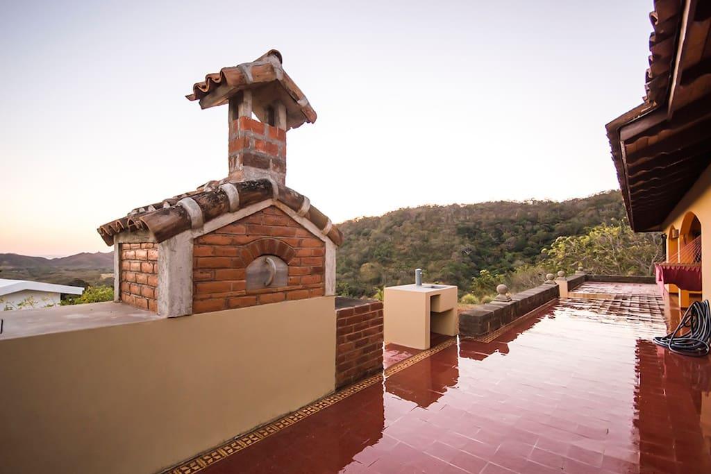 Large, Spacious and Quiet Hacienda
