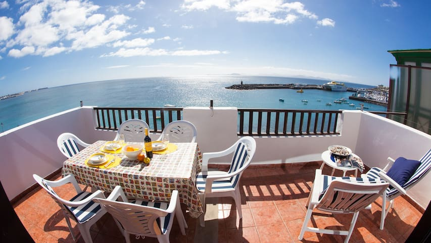 See front and 3 bedrooms, Lanzarote - Playa Blanca - Wohnung