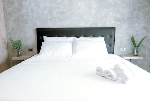 Seventh Boutique Hotel - Deluxe room 701