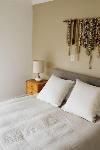 Bedroom 1: upstairs, queen bed, ensuite, walk in robe