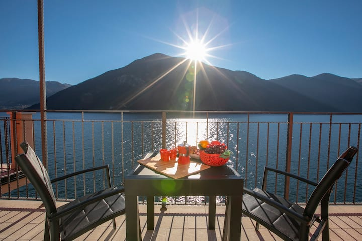 Blue View Lugano Lake - Waterfront Cocoon