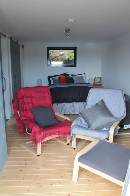 Double Bedroom/living space
