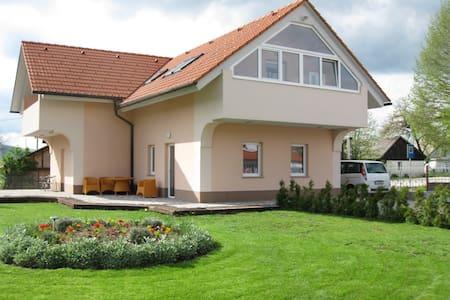 Apartments Lavric - Nova Vas - Daire