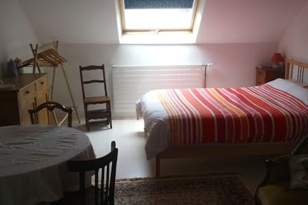 Large bedroom for 1 to 5 people - Samois-sur-Seine