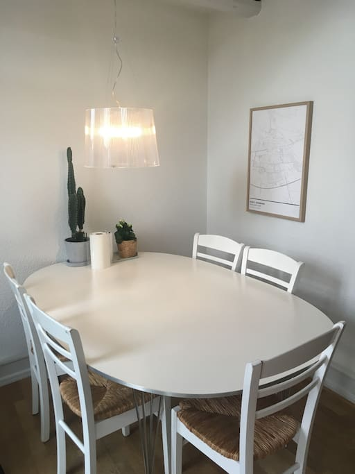 Dining place with table and chairs