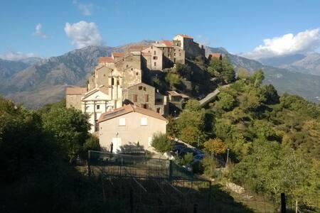 appartement dans village de montagne - Tralonca