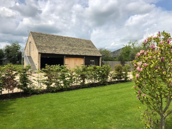 The Guest Cottage at Priory Barn, Alvescot