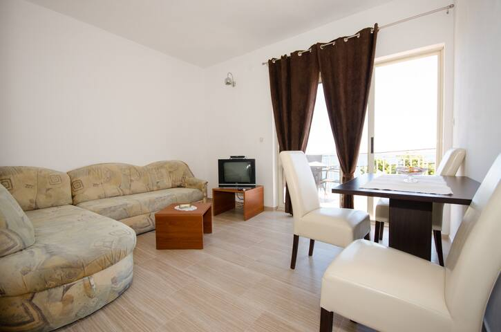 Comfort apartment directly by sea  - Molunat - Byt