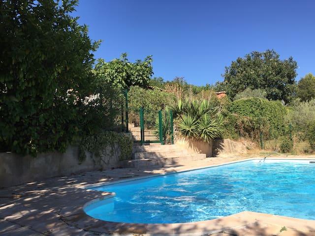 Villa provençale - Callas - House