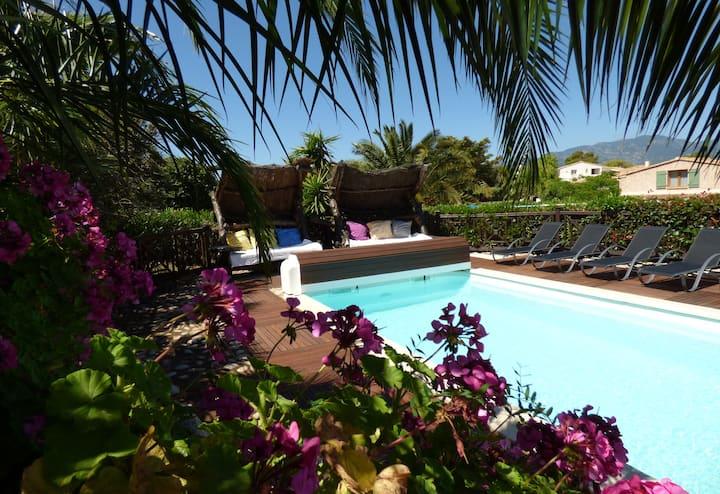 villa classée 3*, piscine chauffée,SPA, a 700m mer