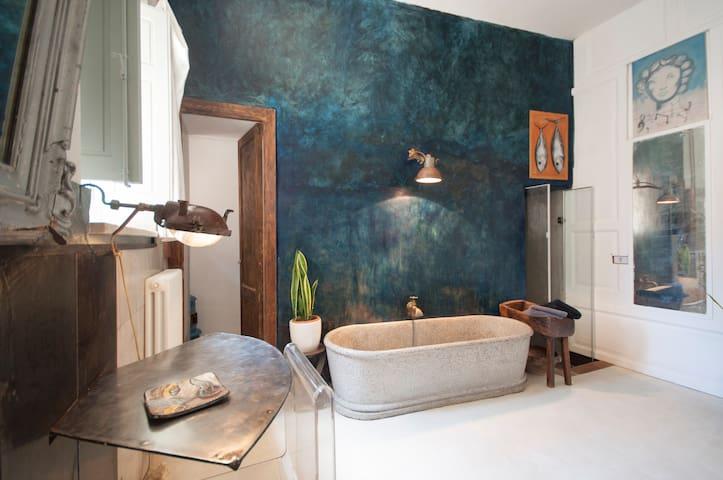 """Stanza della """"Cisterna""""Casa Faranda - Castroreale - Hus"""