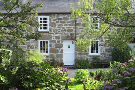 Charming cottage near St Ives..... -  Lelant Downs, Hayle
