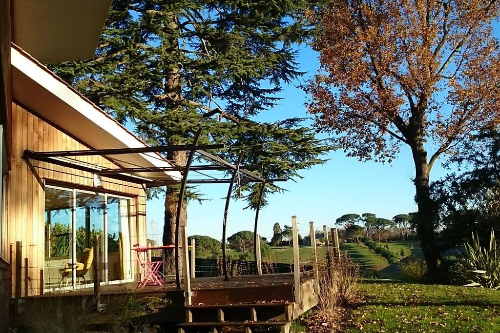 Tr s belle maison d 39 architecte avec vue magnifique - Belle maison d architecte los angeles ...