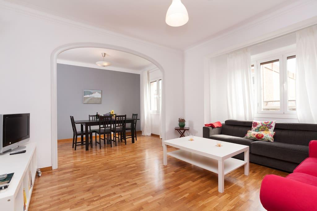 Nice and confortable apartment appartamenti in affitto a for Appartamenti barcellona affitto annuale