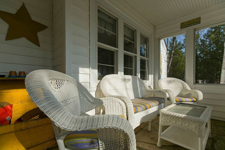 Cozy Lakeview Cottage with Fireplace, Walk to Town