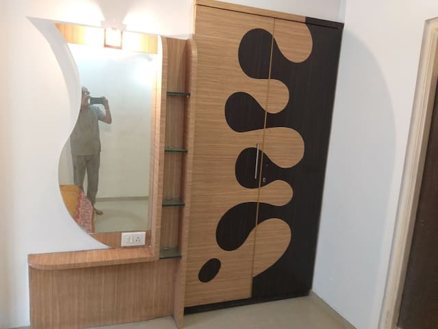 Luxurious furnished 2 bhk with amenities