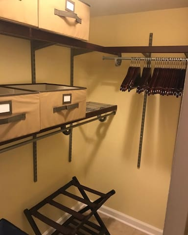 Spacious closets mean plenty of room for both daytime casual clothing and apparel that is nightlife ready. There's plenty to do just around the corner!
