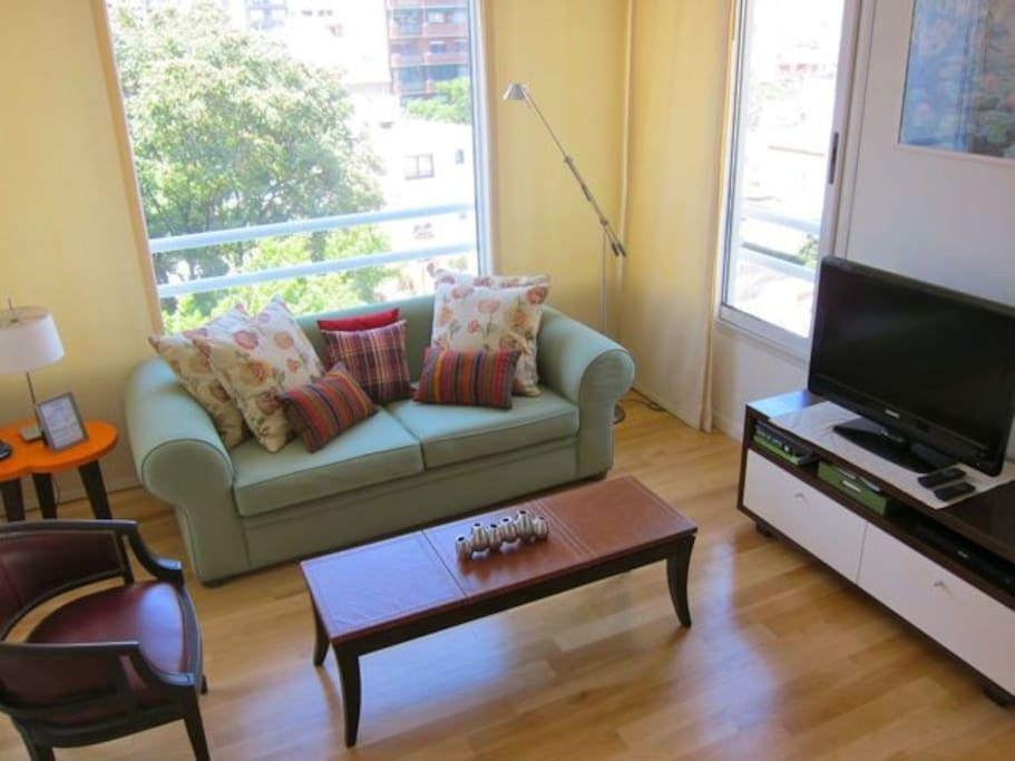 Living room area with nice view of Palermo
