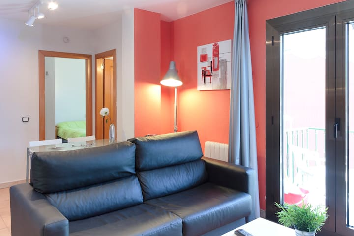 WIFI . 2 habitaciones . 6 pax  Andorra, Encamp .