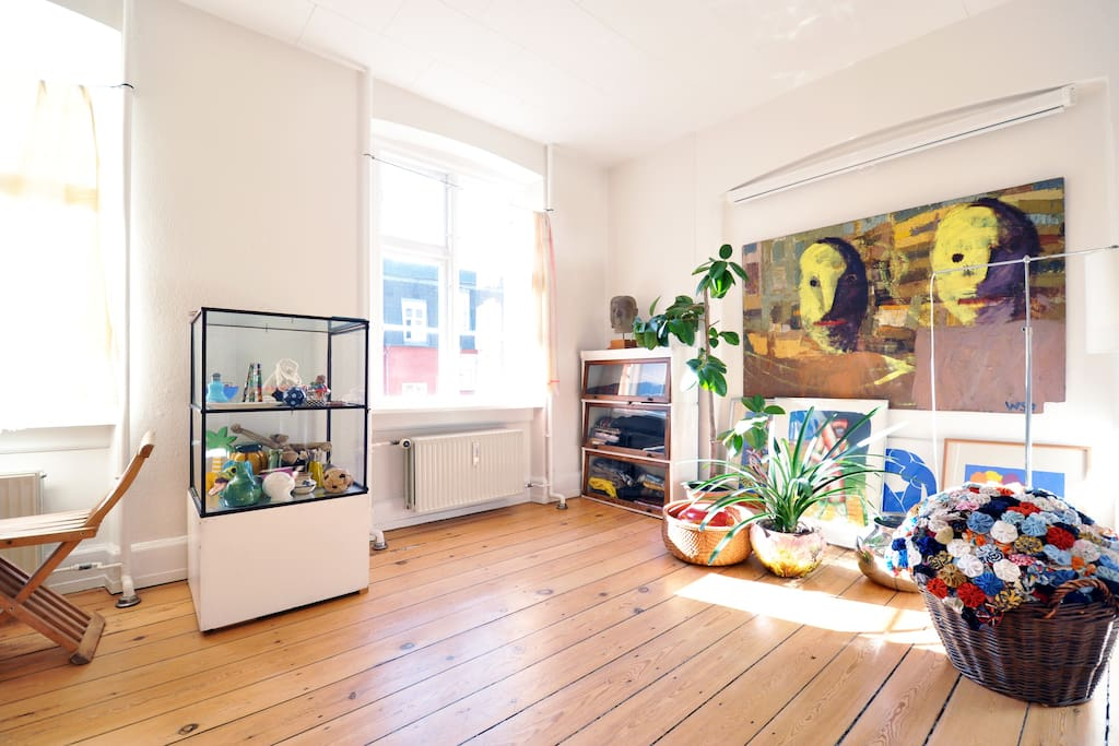 1668 ft2 artist flat on Vesterbro
