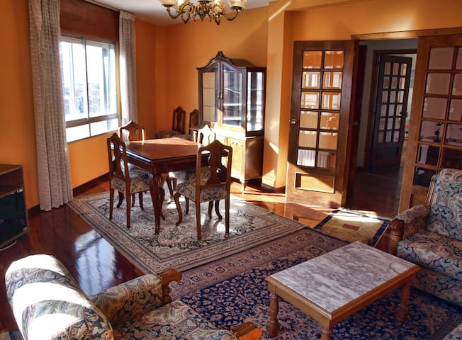 Spacious and sunny flat in Galicia - Pontevedra - Wohnung