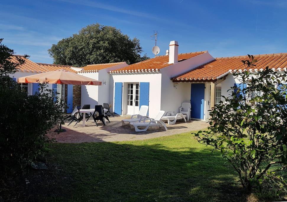 Belle maison islaise confortable maisons louer l 39 le d 39 yeu pay - Maison a louer ile d yeu ...